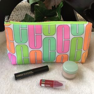 Clinique Set NWT Reasonable Offers Welcomed